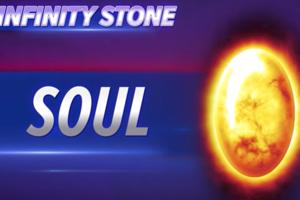 Oranžový kameň (Duša/Soul) Ten sme vo filme zatiaľ nevideli, podľa komiksovej verzie by však mal dokázať napadnúť, manipulovať a zahrávať sa s dušou bytosti, živej aj mŕtvej.