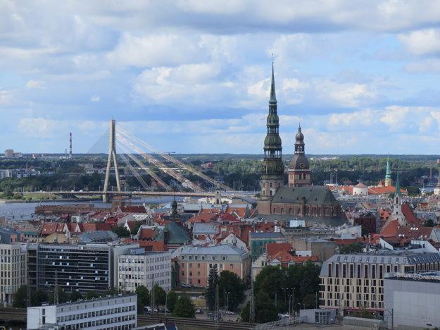 Občas ti poradia dobrú reštauráciu, inokedy vyhliadku - Lotyšskú akadémiu vied v Rige