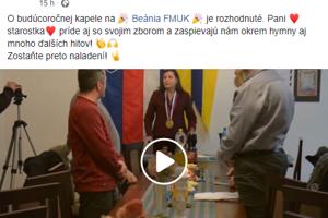 Beánia FMUK v statuse žartuje, že budúci rok bude hlavnou hviezdou beánie starostka so svojím zborom a zaspievajú okrem hymny aj mnoho ďalších hitov.