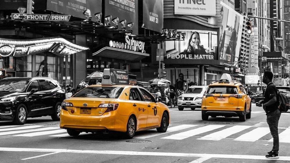 Máj 2019 - Žlté taxíky v uliciach New Yorku