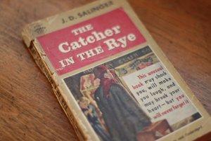 67f434b8870f Počet predaných kusov nasledujúcich kníh sa pohybuje v desiatkách miliónov.  Viktória Mirvajová
