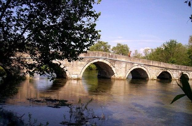 Rímsky most nad riekou Bosna v obci Ilidža