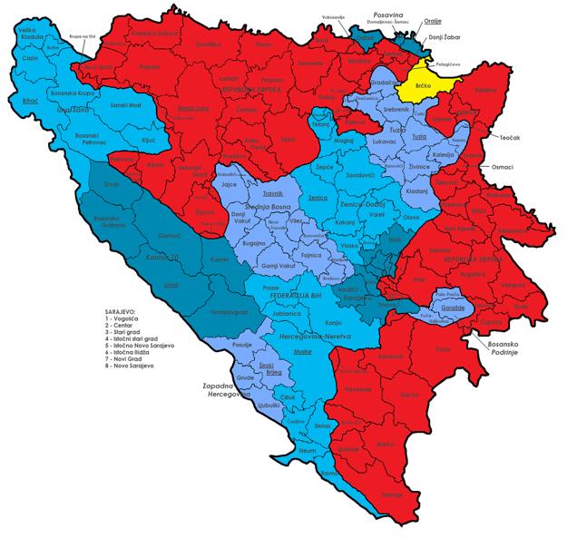 modrá - FBiH, červená - RS, žltá - Dištrikt Brčko