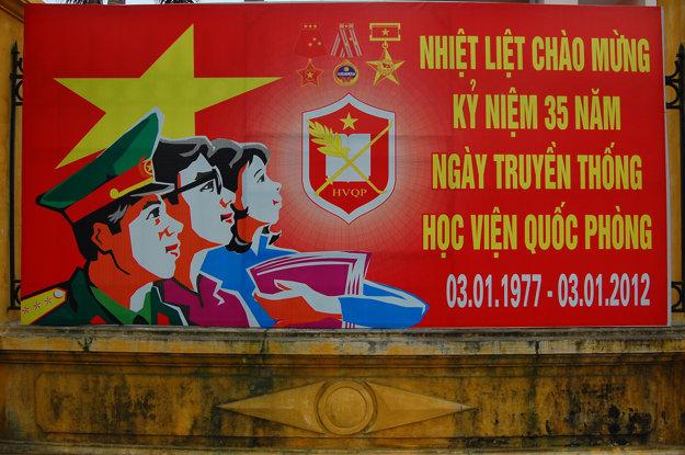 Vietnamský režimový bilbord
