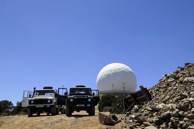 Britský radar na vrchole Olympu