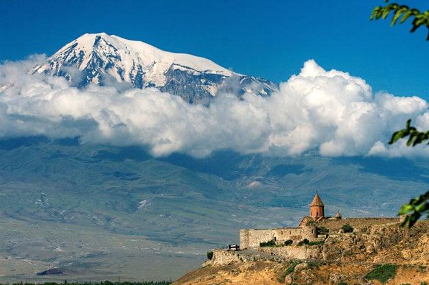 Ararat a kláštor Khor Virap