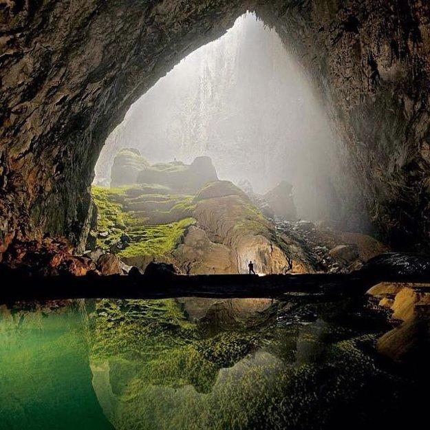 Najväčšia jaskyňa na svete Son Doong sa nachádza vo Vietname.