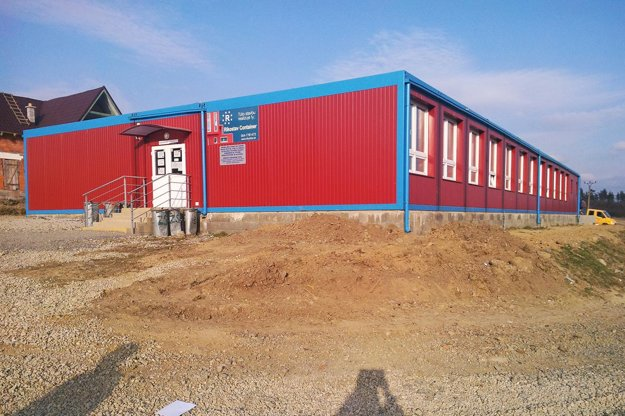 Kontajnerová škola v rómskej osade Stráne pod Tatrami