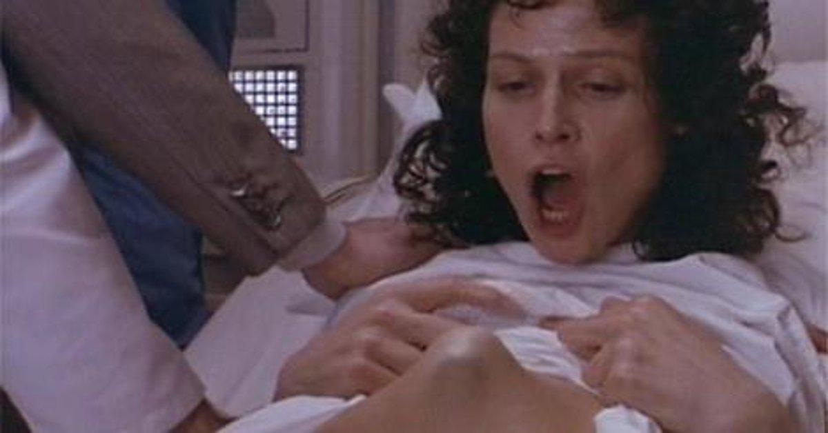 tehotná žena striekať čierny na čiernom 2 porno