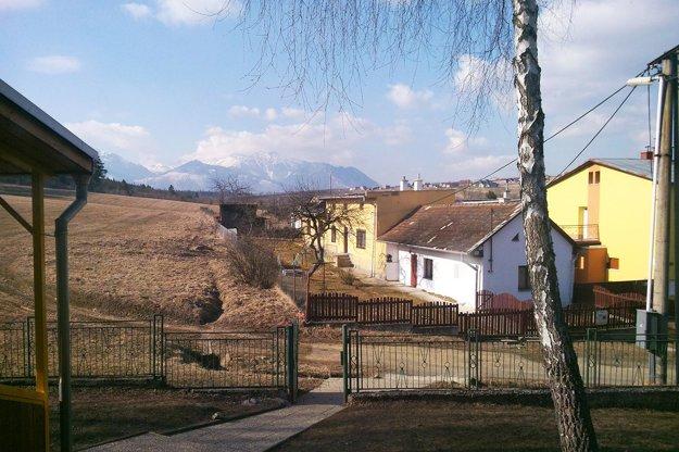 Výhľad zo školy v Stráňach pod Tatrami