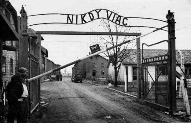 Dnes si pripomíname Medzinárodný deň pamiatky obetí holokaustu.