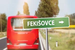 """SlovakLines ponúkajú hromadný zájazd do obce na východe Slovenska.  """"V prípade hromadného záujmu sme pripravení na túto výnimočnú udalosť vypraviť špeciálne spoje. Ak viete dobre písať na počítači, môžete sa prihlasovať v komentároch."""""""