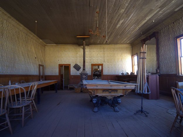 Saloon v Bodie