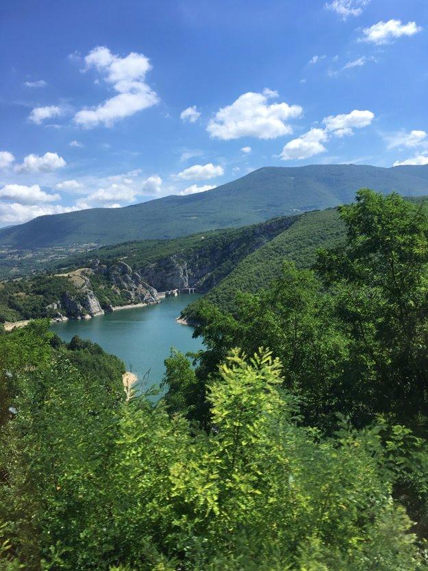 Takýchto výhľadov je v Bosne neúrekom.