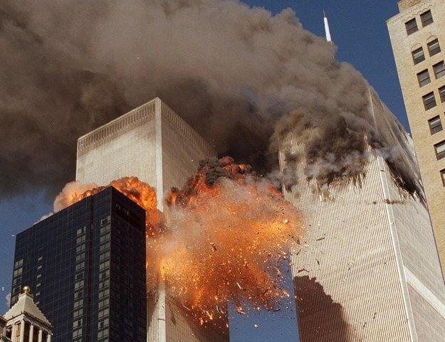 Až tretina Slovákov verí, že za útokom na Dvojičky v septembri 2001 v New Yorku stála vláda USA.