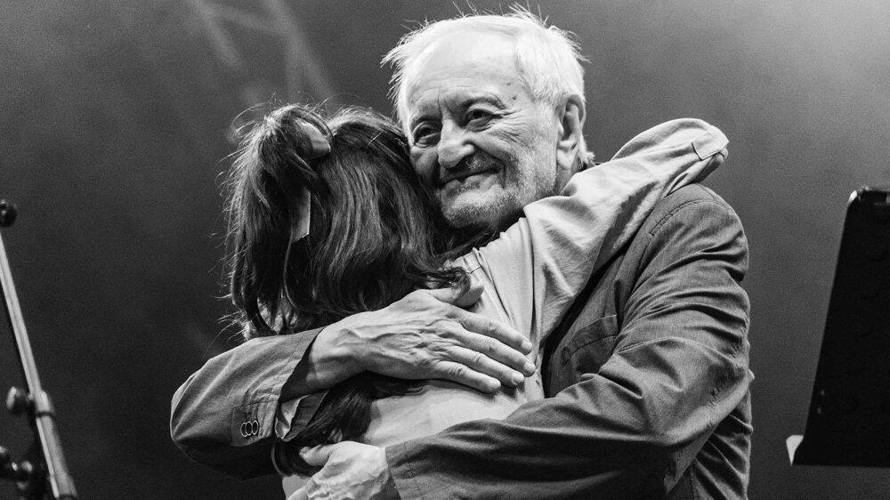 Júl 2019 - Milan Lasica a speváčka zo skupiny Lola Marsh na Pohode