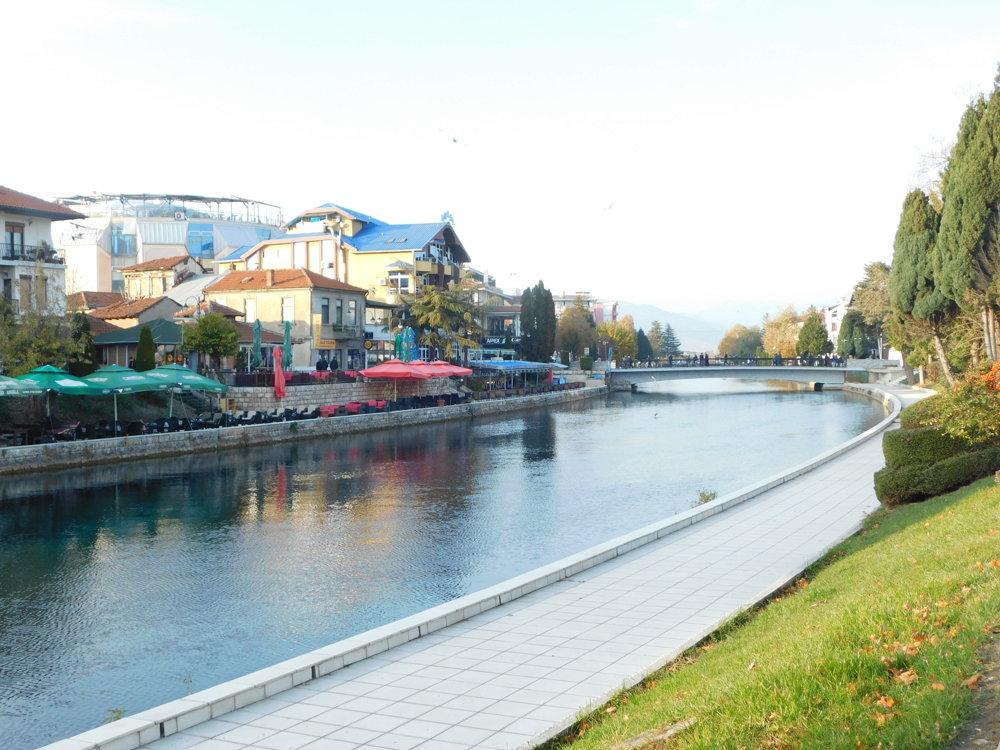Mestečko Struga je ako stvorené pre nenáročných dovolenkárov.