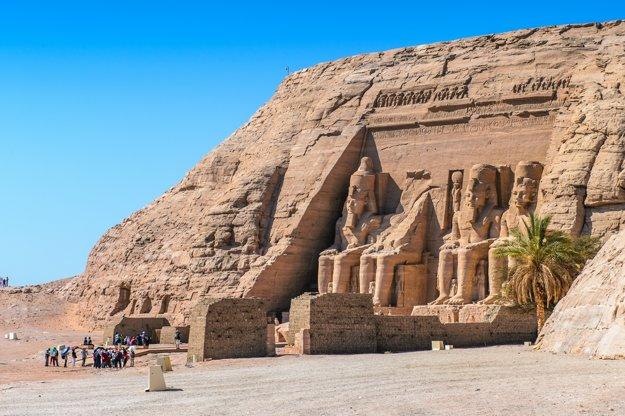 Archeologické nálezisko Abú Simbel je starobylý chrámový komplex.