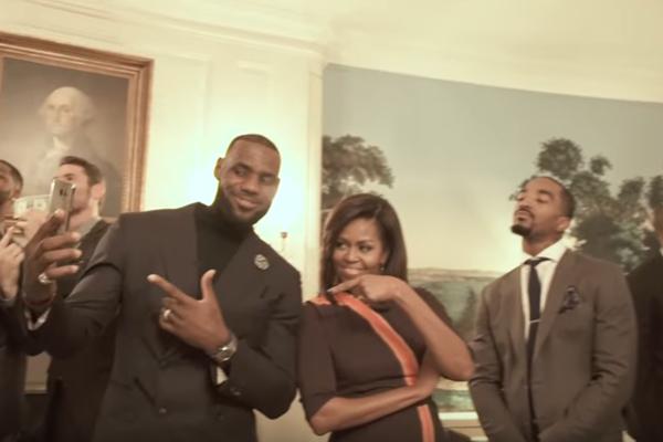 Mannequin Challenge v podaní Michelle Obamovej