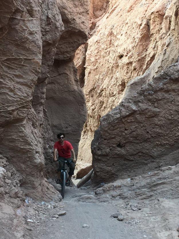 Na bicykloch naprieč kaňonom v 4000mnm