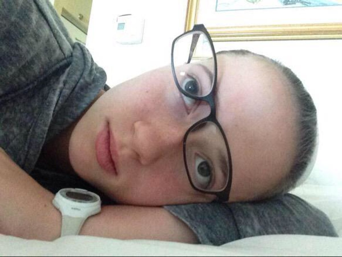 0774ce575 21 utrpení, ktoré zažíva každý, čo nosí dioptrické okuliare - Fičí SME