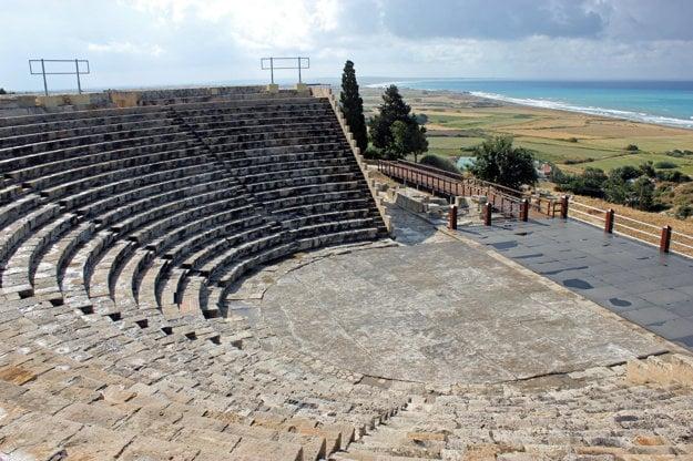 Staroveké grécke divadlo v antickom meste Kourion.