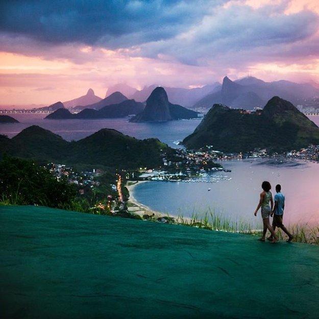 Kombinácia rozmanitosti mora, hôr a džungle v kombinácii s mestskou urbanizáciou robí toto miesto dokonalým pre fotografov - Rio de Janeiro, Brazília.