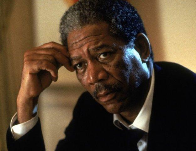 Morgan Freeman ako prezident Beck v Drvivom Dopade.