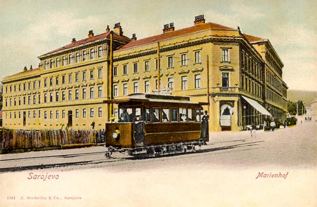 Električka na starej pohľadnici