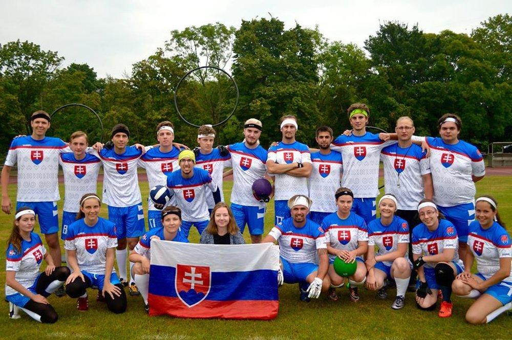Slovenský metlobalový tím na Svetovom pohári v roku 2016.