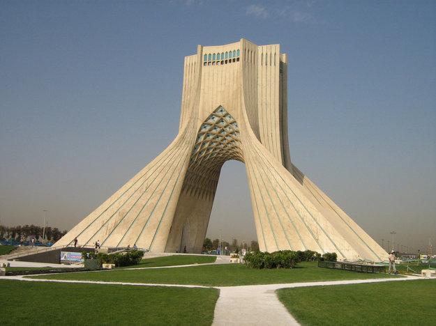 Bývaly Šáhov pamätník, po revolúcii premenovaný na Vežu slobody