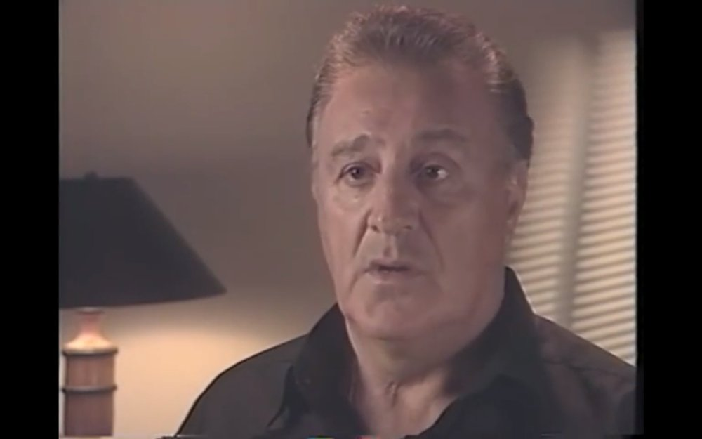 Phil Esposito, člen hokejovej siene slávy NHL