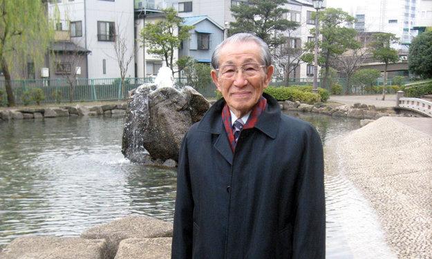 Hiro Onoda na sklonku svojho života. Povedali by ste, že tento starček 30 rokov plnil svoje rozkazy?
