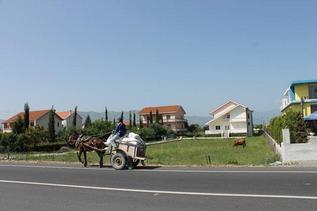 Aj takto funguje doprava v Albánsku