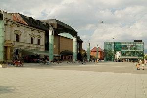 Divadelné námestie