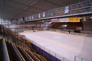 Zimný štadión v Senici.