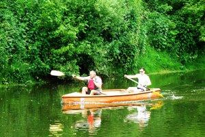 Lodenica na prevádzkovanie vodných športov