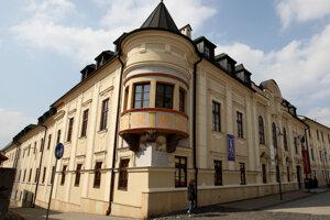 Štátna vedecká knižnica v Banskej Bystrici.