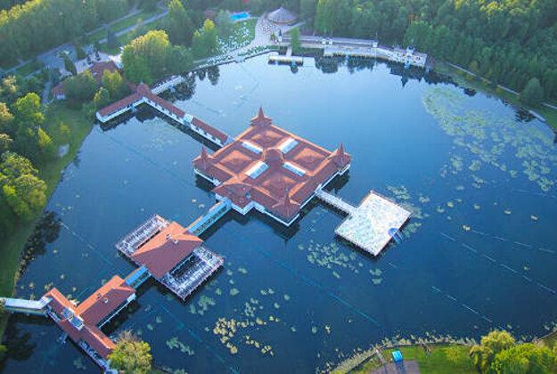 Termálne jazero Hevíz.