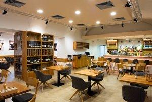 Interiér reštaurácie SĽUK