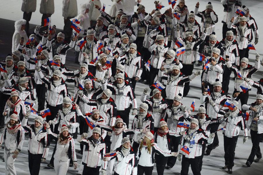 Slovenská výprava na otváracom ceremoniáli XXII. zimných olympijských hrách v Soči 7. februára 2014.