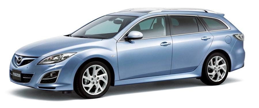Mazda 6 z roku 2011.