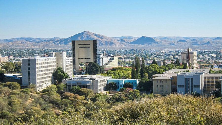 Hlavné mestao Namíbie je Windhoek.