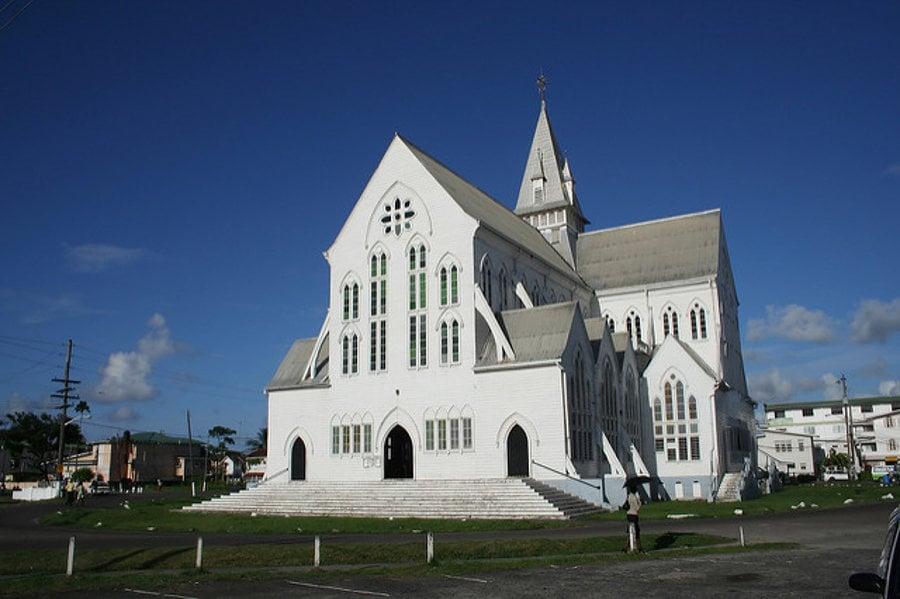 Patrónom drevenej katedrály v Georgetowne v Guyane je sv. Juraj.