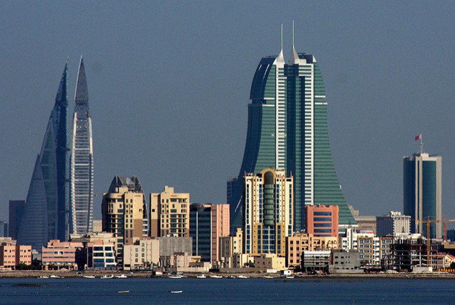 Moderné centrum bahrajnského hlavného mesta Manama.