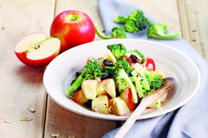Jablkovo-brokolicový šalát