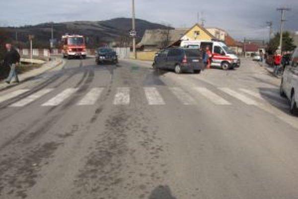 Nehoda, ktorú spôsobil opitý vodič sa stala v Bošáci.