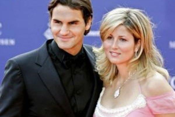Roger Federer sa oženil s Mirkou Vavrinecovou a bude otcom.