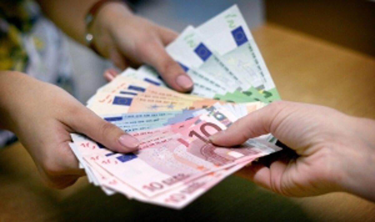 V bankomate zabudn peniaze tisce ud, no nlezcovia