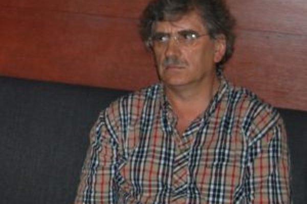Jozef Hašto,primár trenčianskej Psychiatrickej kliniky.